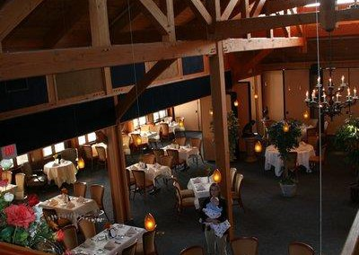 liberty-forge-restaurant-interior-overhead