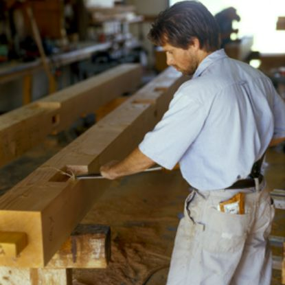 Timber framing with a chisel